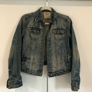 "Zara ""dirty vintage"" look distressed denim jacket"
